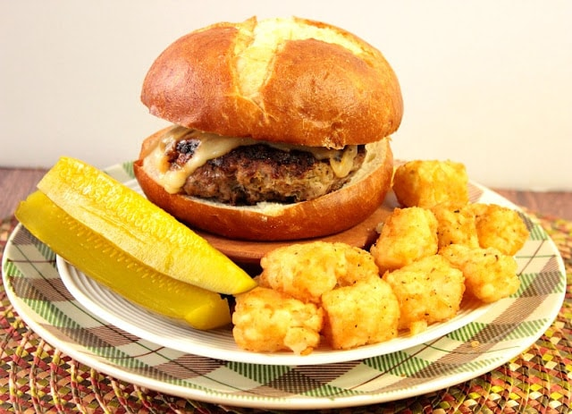 Dilly Swiss Burger