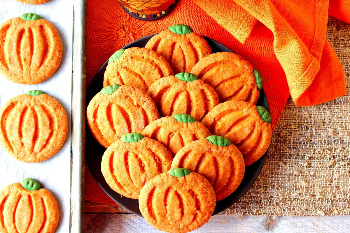 Facile A Faire Des Biscuits Au Sucre En Forme De Citrouille Pour Thanksgiving