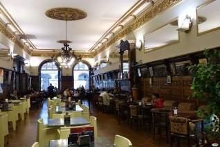 5 increíbles bares históricos en santiago de compostela