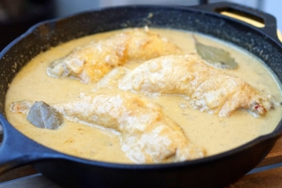 Pollo en Receta De Salsa De Almendras