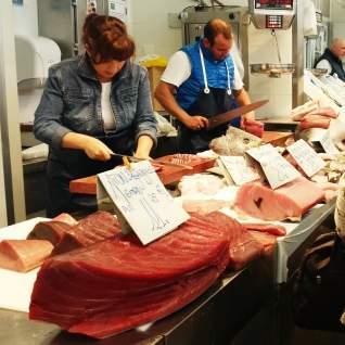El pescado más fresco de España: el mercado de pescado de Cádiz