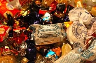 ¿Qué son los mantecados y los polvorones? La versión desmenuzable de las galletas navideñas en España