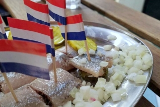 10 Must Try Foods in Amsterdam – Eat Like a Local in Amsterdam