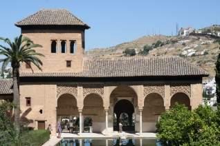 Guía de información privilegiada sobre dónde alojarse en Granada & # 8211; Mejores hoteles & # 038; Áreas