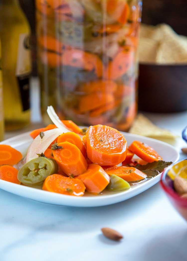 Autenticas Zanahorias Mexicanas En Escabech Rinde para 4 frascos de 200 g aprox. autenticas zanahorias mexicanas en escabech