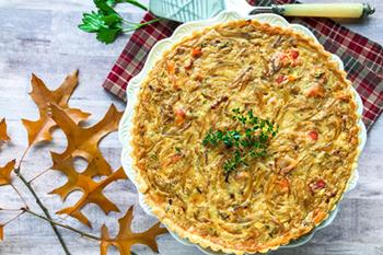 Tarta De Cebolla Crema Francesa Con Tocino Y Crème Fraîche | 31Daily.com