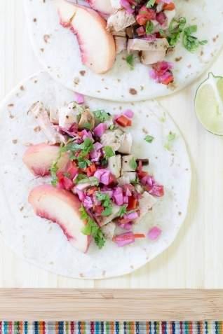 Tacos De Pollo Con Chipotle De Melocotón