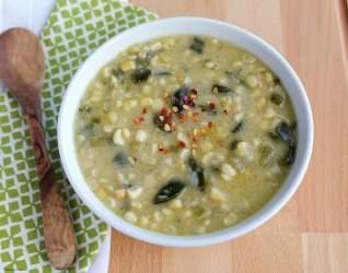 Sopa de maíz poblano