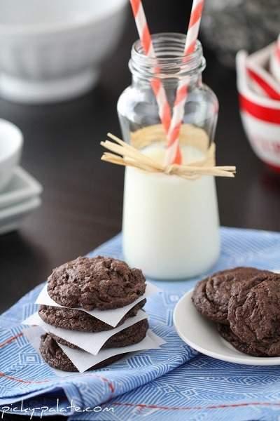 Galletas estilo panadería y galletas crema