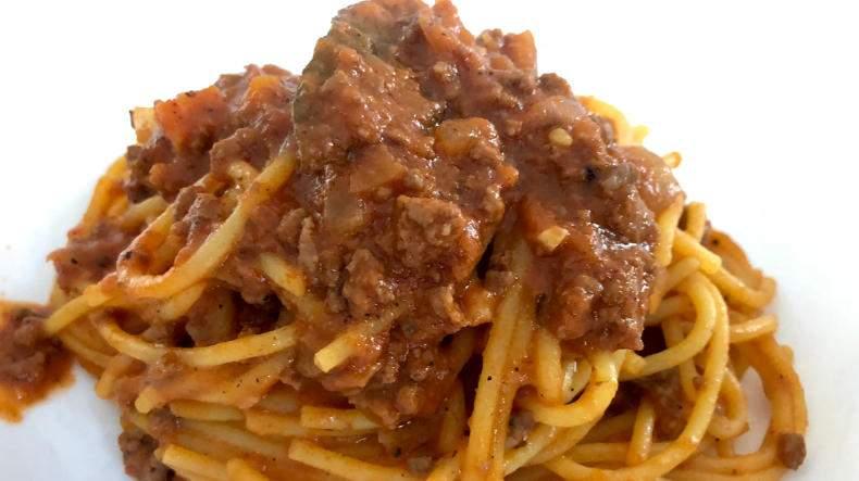 Impresionante receta de espaguetis a la boloñesa - Degustación de Puerto Rico