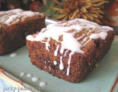 Muffins de donut de azúcar y canela apilados