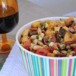 Rosemary White Bean Panzanella Salad ~ Tomillo para cócteles
