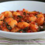 Espinacas y pimiento rojo Gnocchi ~ tomillo para cócteles