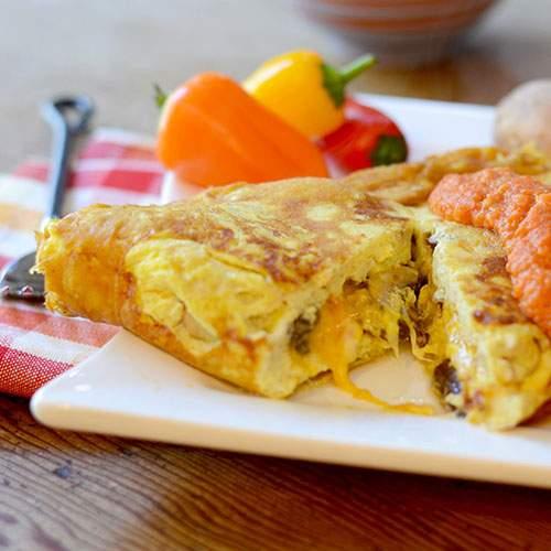 """""""Veggie Omelet with Romesco Sauce #omelet #romesco #breakfast / feedyoursoul2.com"""""""