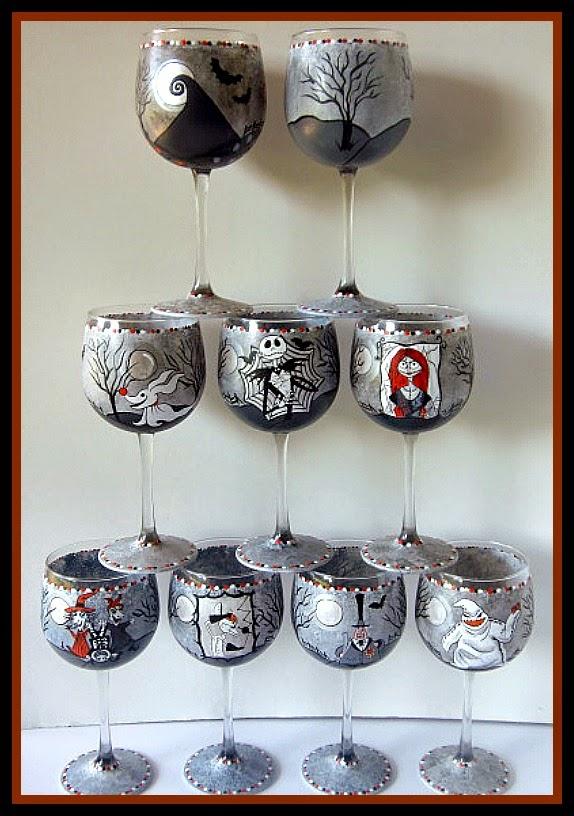 Juego de 8 Pesadillas antes de Navidad, copas de vino pintadas / www.kudoskitchenbyrenee.com