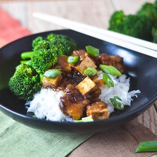 Salteado De Tofu Asiático GF