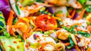 Receta de ensalada picante de camarones tailandeses