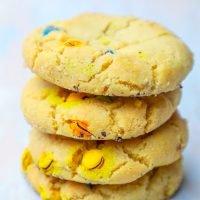La mejor receta de galletas de mantequilla de cacahuete masticables M&M