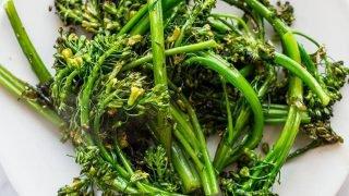 Receta de Broccolini de 10 minutos