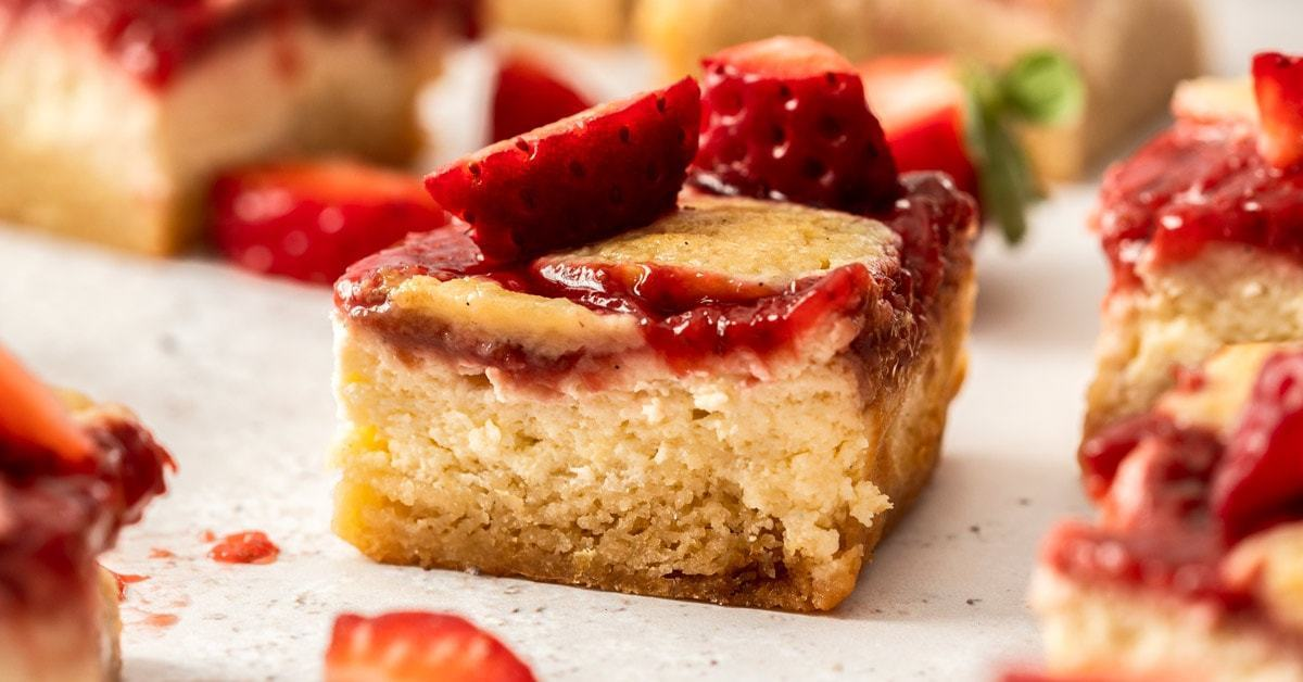 Strawberry Cheesecake Bars - 3 capas simples
