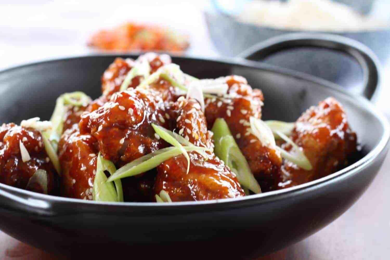 Receta crujiente de alitas de pollo frito coreano