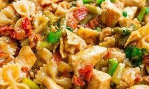 One Pot Bruschetta Chicken Pasta