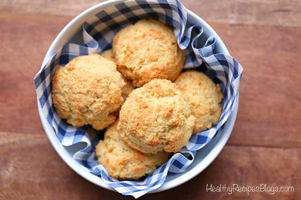 Almond Flour keto Cheese Biscuits