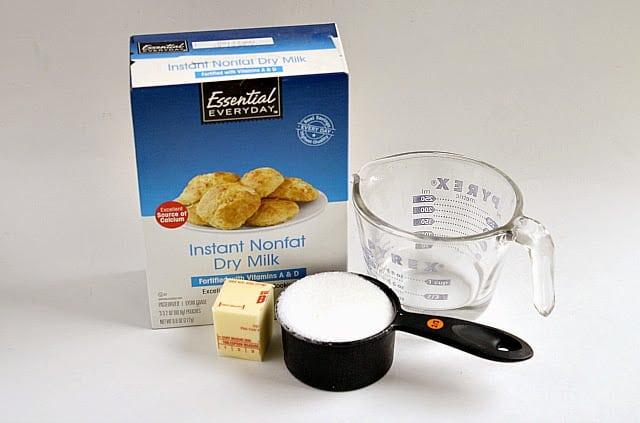 : leche condensada azucarada casera
