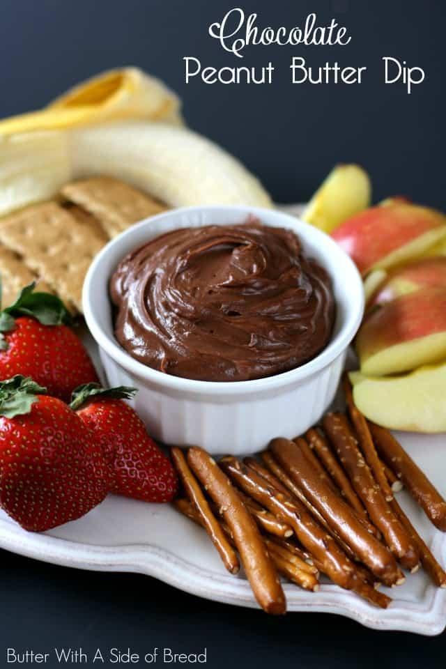 DIP DE MANTEQUILLA DE MANI Y CHOCOLATE: mantequilla con un lado del pan