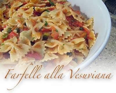 Farfelle alla Vesuviana: receta de pasta fácil (pajaritas)