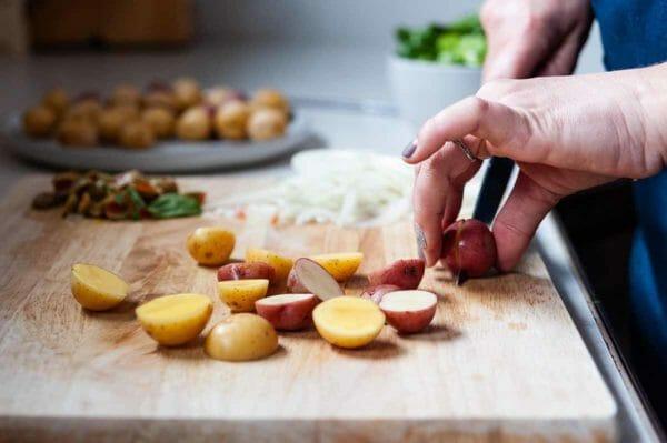Sartén fácil Papas pequeñas para cortar pollo