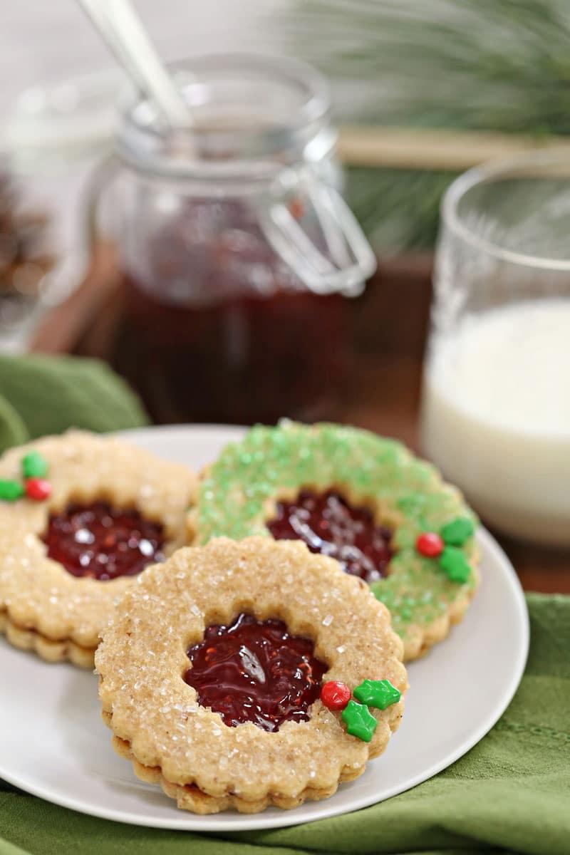 Guirnaldas de galletas Linzer   De SugarHero.com