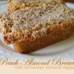 Pan de almendras y durazno con cobertura de canela - AmandasCookin.com