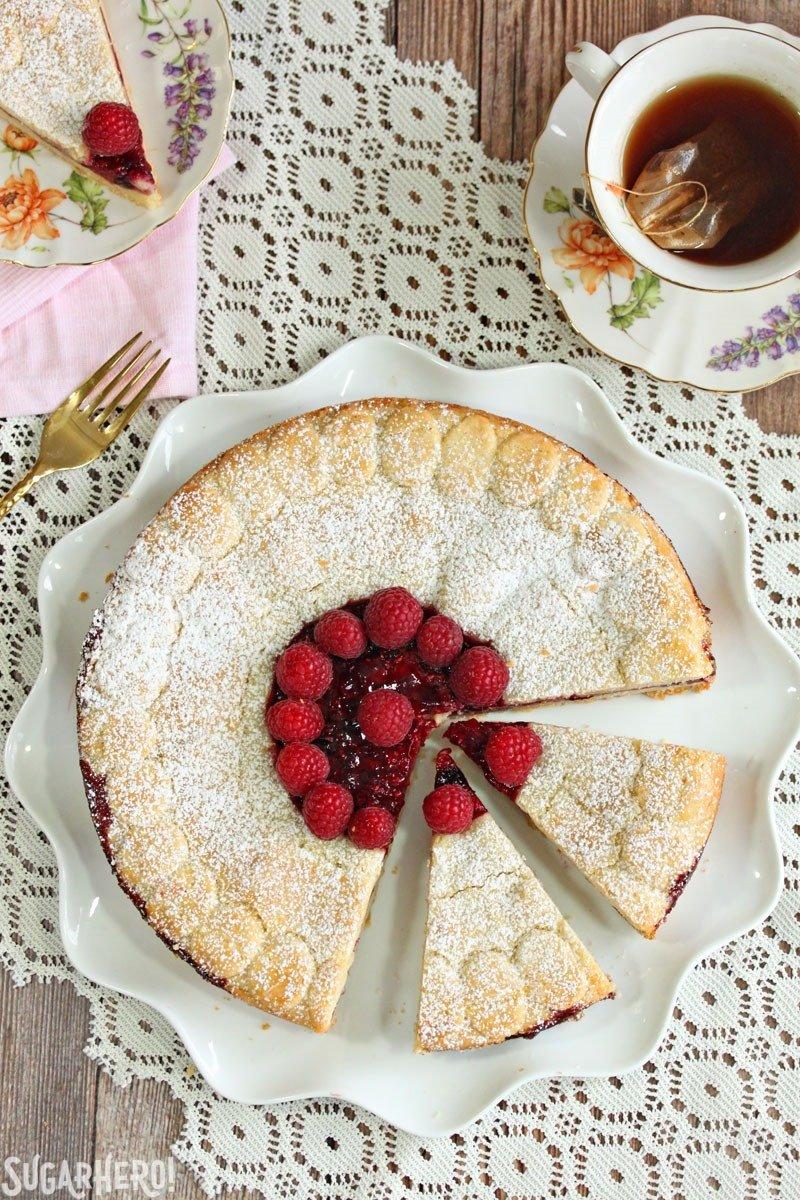 Pastel de galletas Linzer | De SugarHero.com