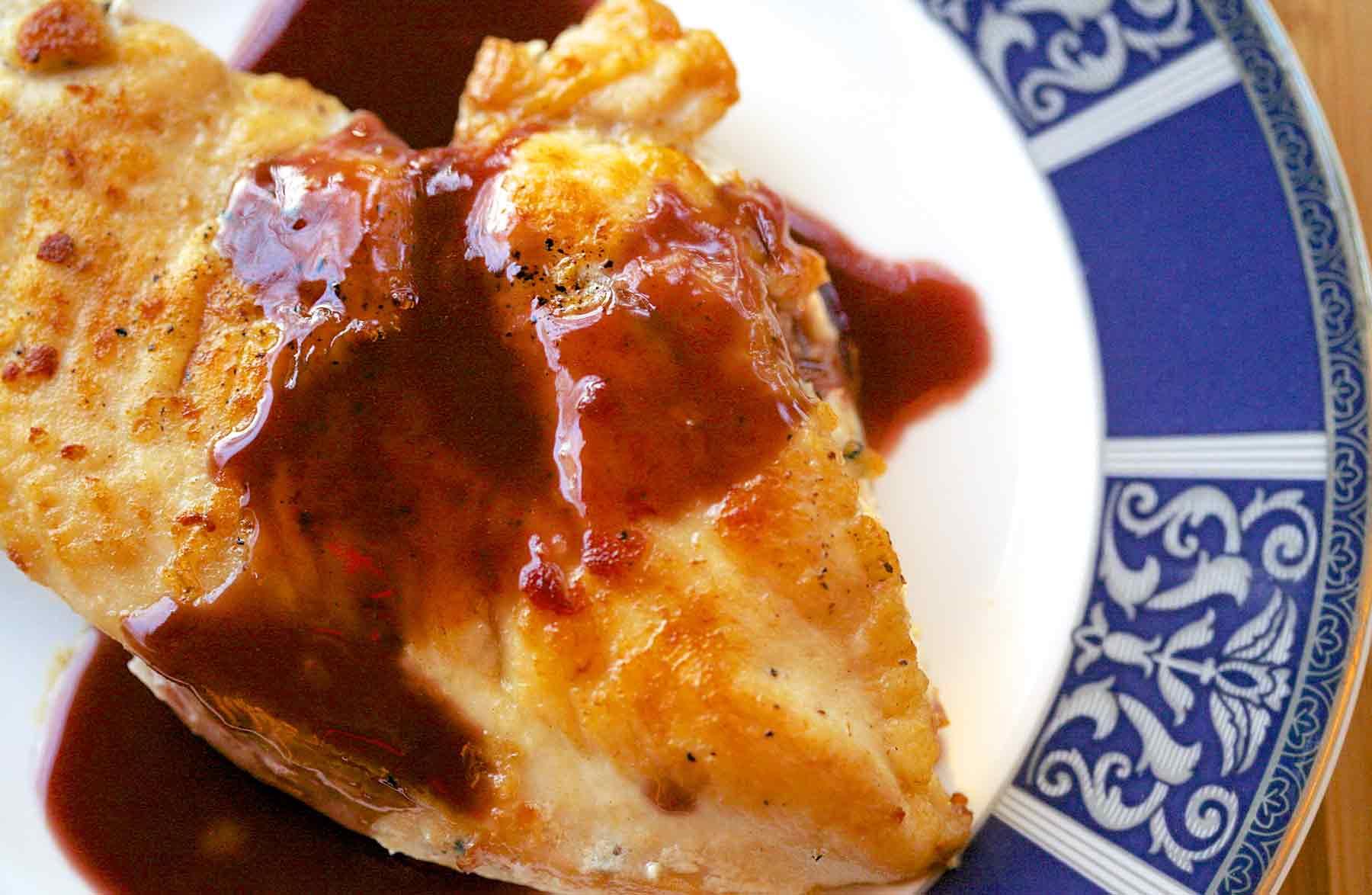 Pollo cassis