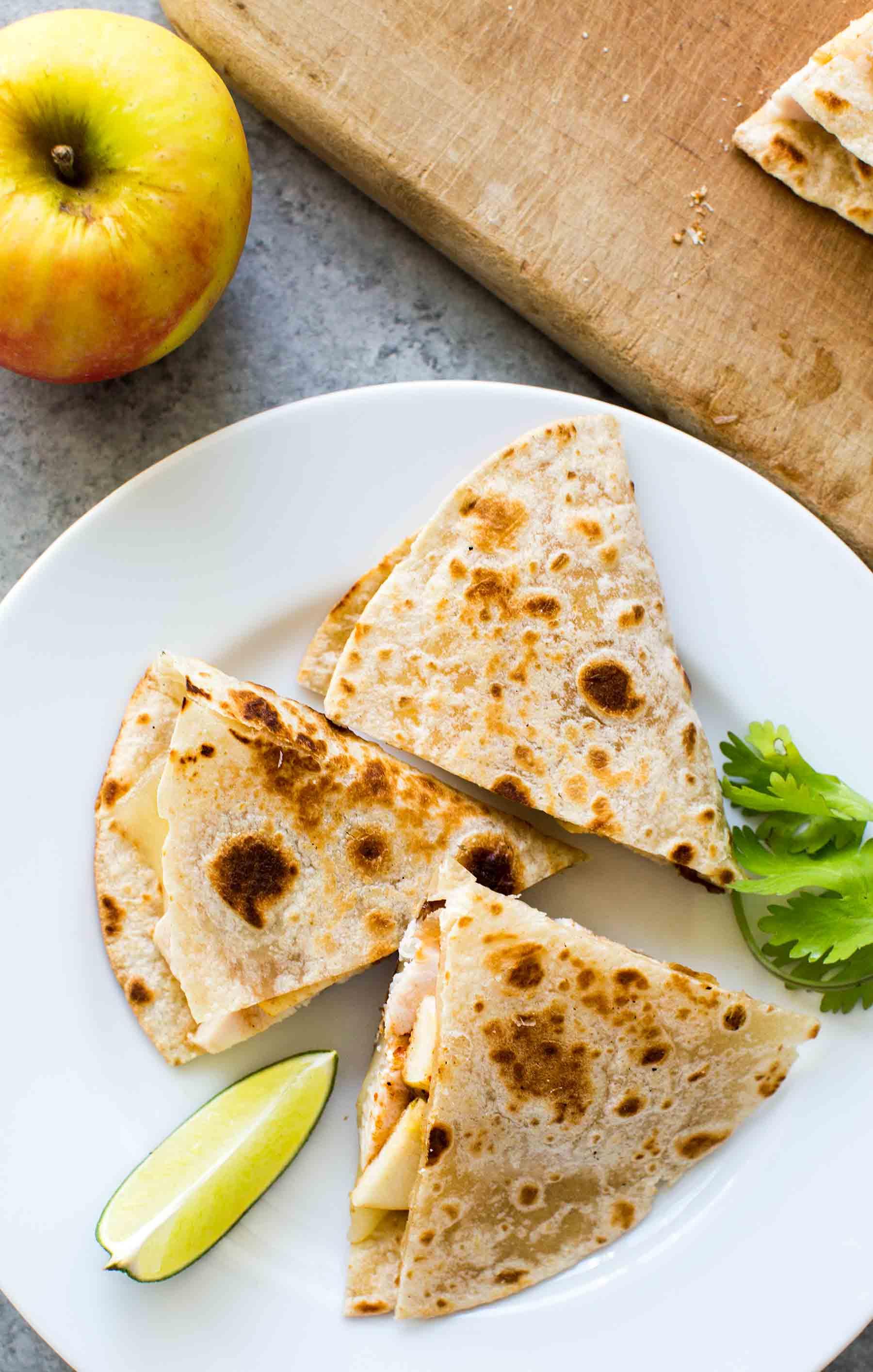 Quesadilla de Pollo y Manzana