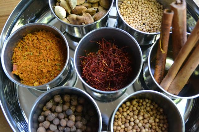 especias para arroz persa con joyas