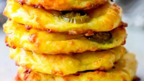Pan de queso jalapeño con ceto bajo en carbohidratos