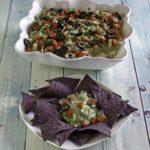 salsa de nueve capas con chips de tortilla