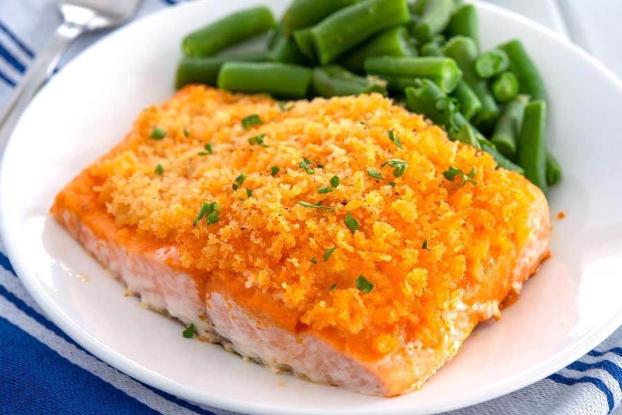 Buffalo Salmon en un plato