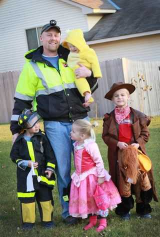 IMG_1855.family-halloween