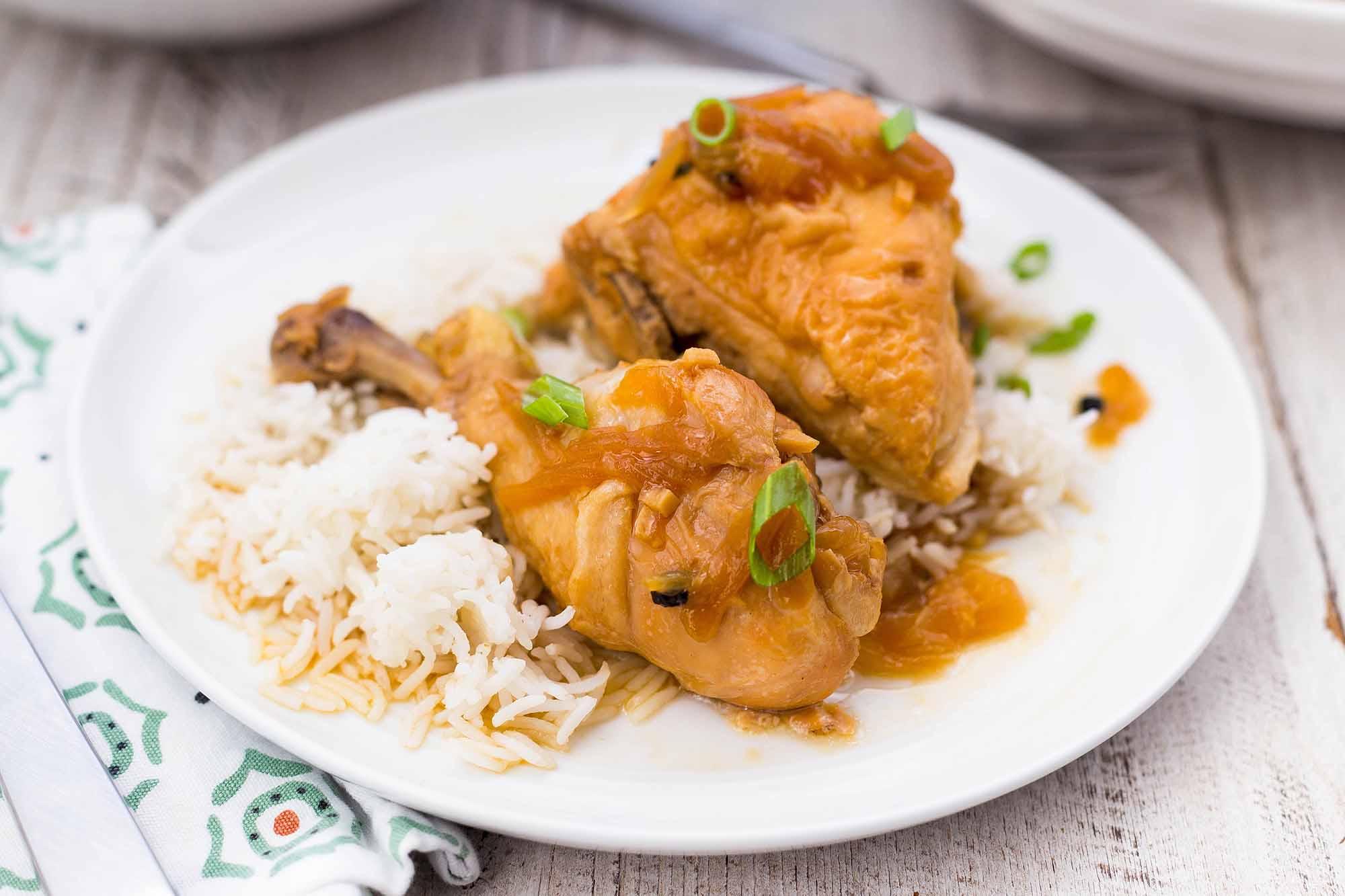 Marinada de pollastre en test amb arròs