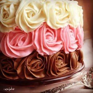 pastel de rosa napolitana