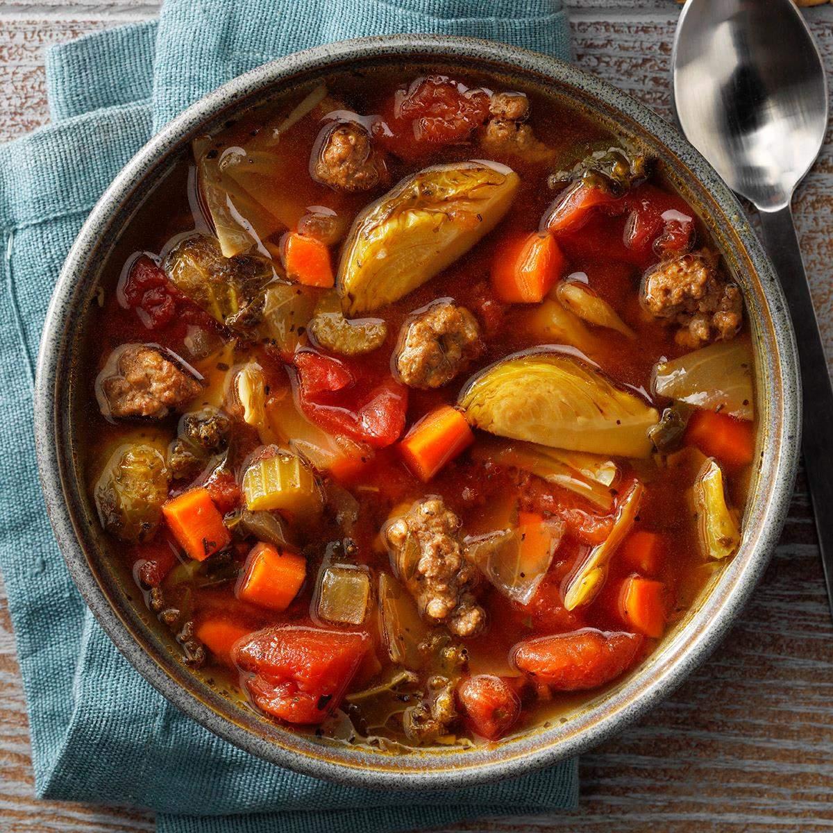 Receta italiana de sopa de verduras y carne