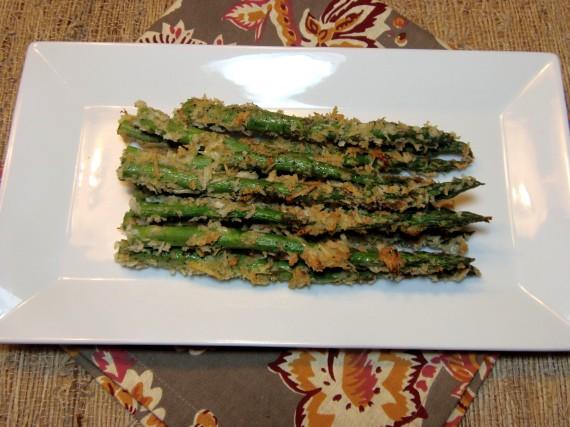 Receta de espárragos con costra de parmesano