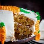 ¡Descubre qué ingrediente hace que este pastel se derrita en tu boca!