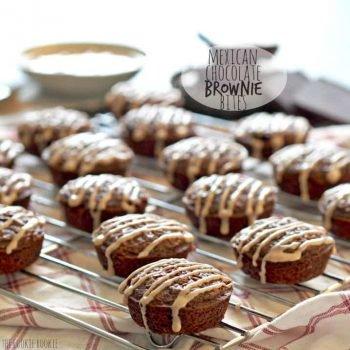 ¡Bocaditos de brownie de chocolate mexicano con glaseado de azúcar y canela! Picante y Dulce. ¡Perfecto! El | El novato de las galletas