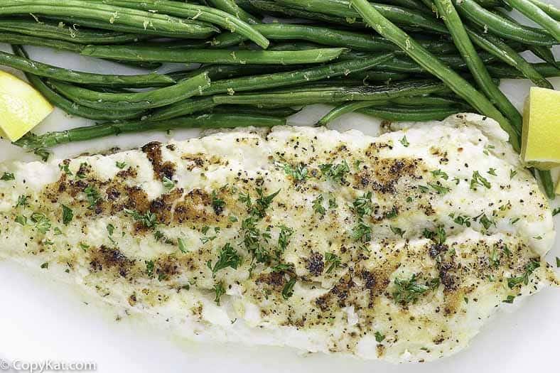 Prepara el pescado blanco al horno de Luby's Cafeteria en casa