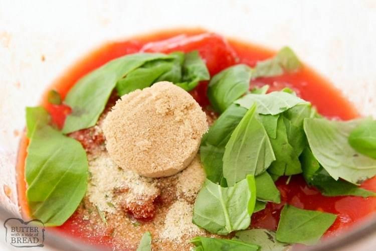 ingredientes para una sopa de tomate y albahaca