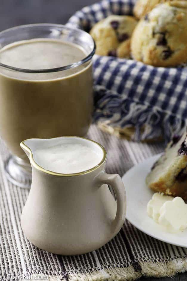 Cómo hacer crema de café de vainilla francesa